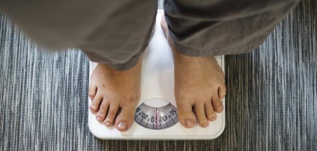 سبب زيادة الوزن دون أكل