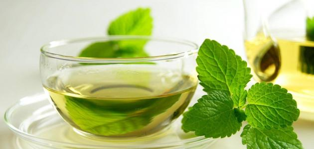 ما فوائد الشاي الأخضر بالنعناع