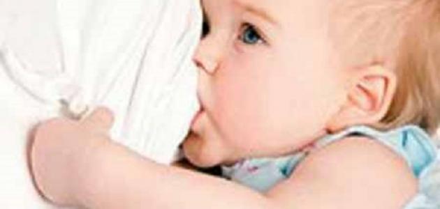 ما فوائد الرضاعة الطبيعية للأم
