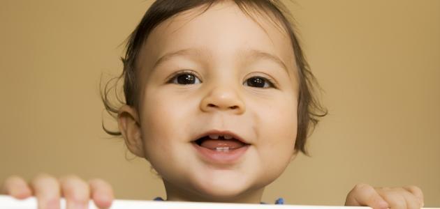 موعد ظهور الأسنان عند الرضع