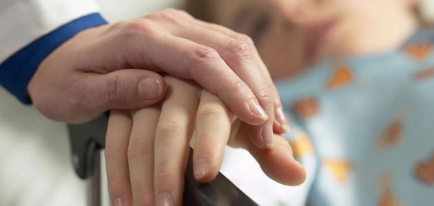 هل يمكن علاج الناسور العصعصي بدون جراحة