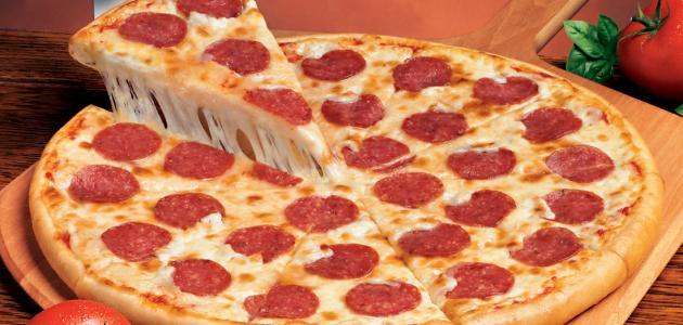 طريقة عمل بيتزا البيبروني