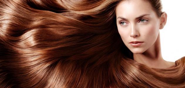 طريقة صبغ الشعر باللون البني