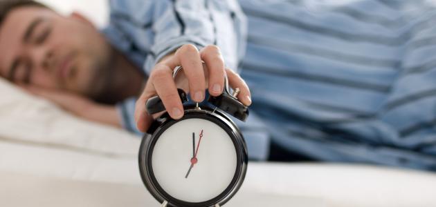 عدد ساعات النوم الطبيعي حسب العمر