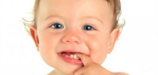 تأخر ظهور الأسنان عند الرضع