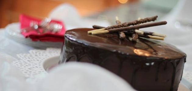 طرق تزيين كيك الشوكولاتة