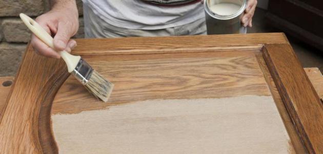 طرق دهان الخشب