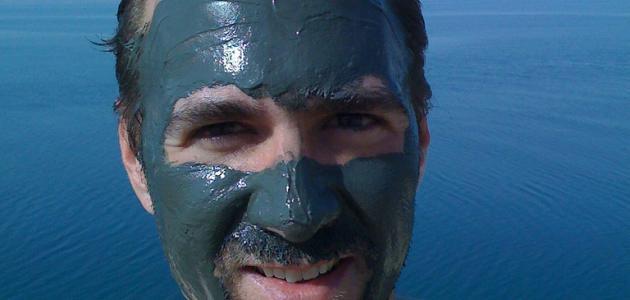 فوائد طينة البحر الميت للوجه
