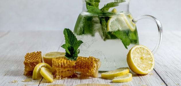 فوائد عصير الليمون الطبيعي