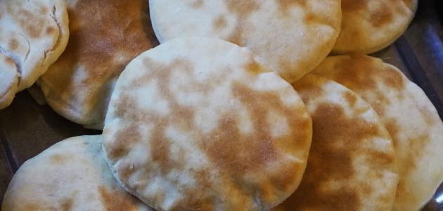 عمل خبز الفرن