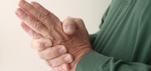 ما سبب رعشة اليد