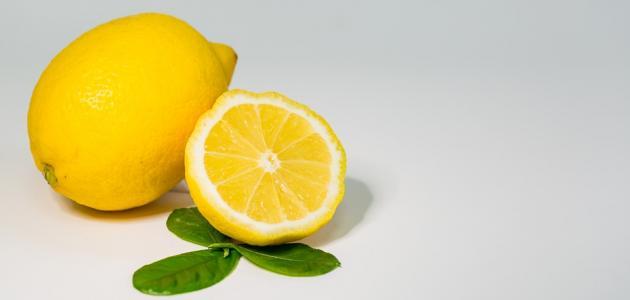 فوائد الليمون لبشرة الوجه