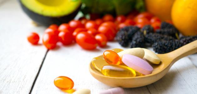 فيتامين ب12 وحمض الفوليك