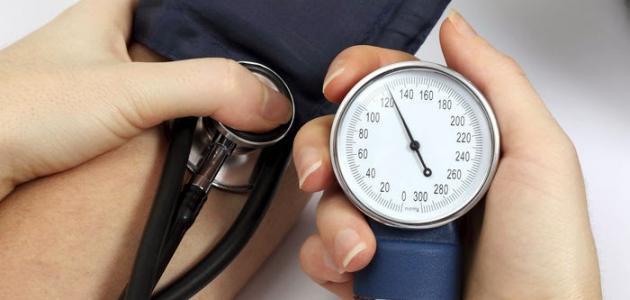 بحث عن مرض ضغط الدم