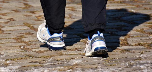 فوائد المشي ربع ساعة يومياً