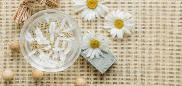 فوائد زهرة الكاموميل للبشرة
