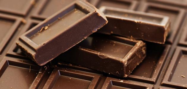 عمل قوالب شوكولاتة