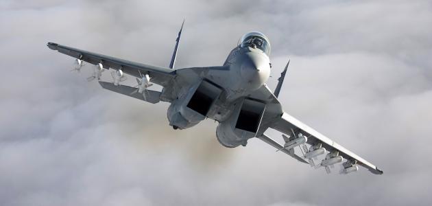 كيف تصبح طياراً حربياً