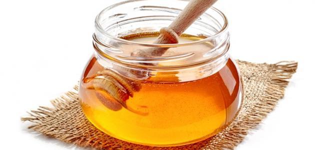 فوائد دهن العسل على السرة