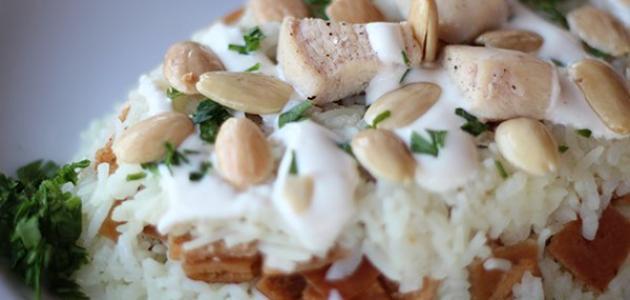 طريقة عمل فتة الدجاج بالأرز