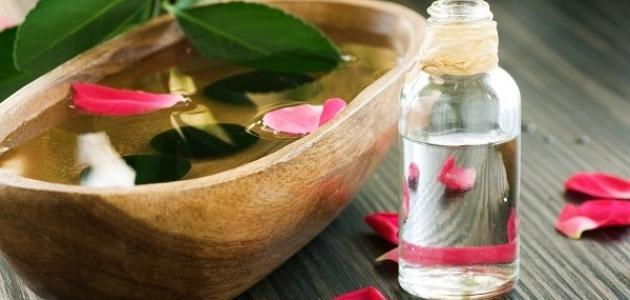 فوائد ماء الزهر للبشرة الدهنية