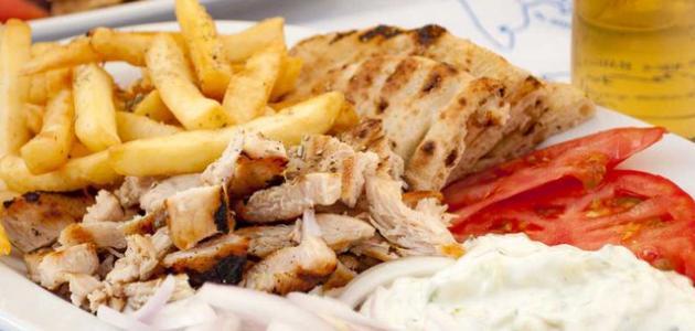 طريقة عمل شاورما الدجاج بالزبادي