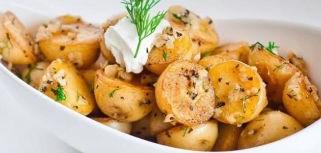 طريقة عمل وصفات البطاطا بالثوم