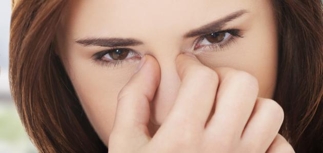ما هي أعراض ضغط العين