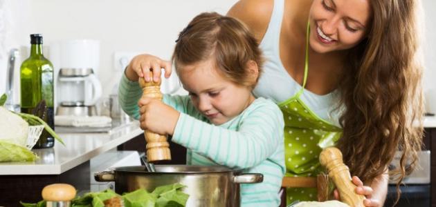 كيف أعلم الطبخ للأطفال