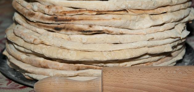 عمل الخبز الشامي