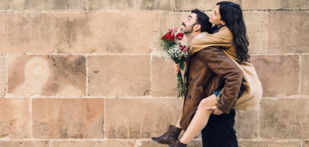 علامات حب الرجل لامرأة