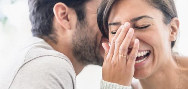 كيف يبدأ الحب عند الرجل