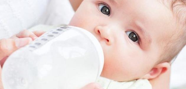 علامات الجفاف لدى الرضع