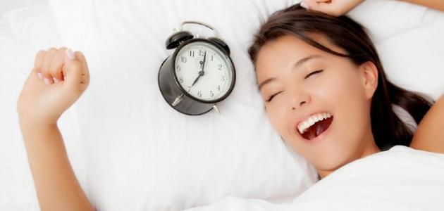 فوائد النوم للبشرة