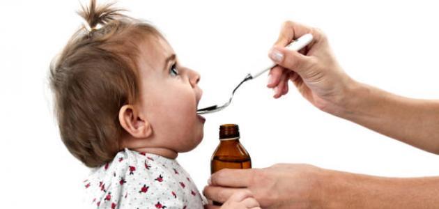 أضرار كثرة استخدام المضادات الحيوية للأطفال