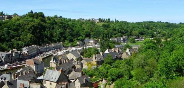 مدينة دينان الفرنسية