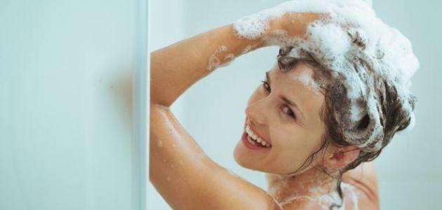 فوائد غسل الشعر يومياً