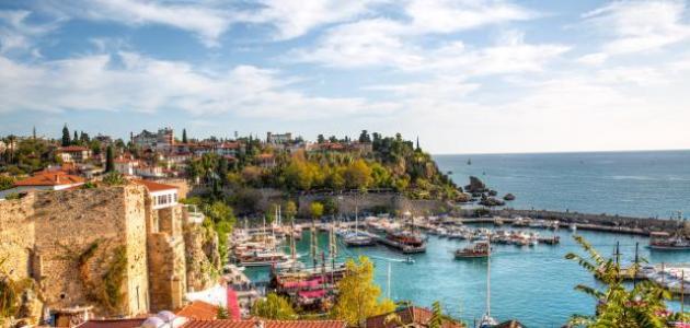 مدينة أنطاليا السياحية