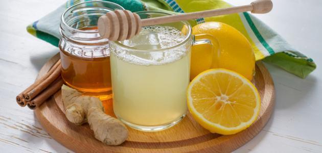 فوائد شرب الليمون على الريق للبشرة