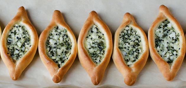 فطائر تركية بجبنة الفيتا