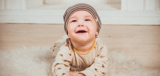 مراحل نمو الطفل من الشهر السادس