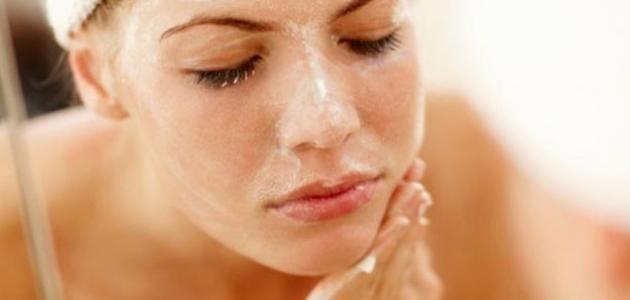 طريقة استخدام كريم تقشير الوجه