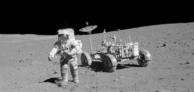 رحلات الإنسان إلى القمر
