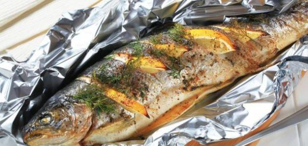طريقة طبخ السمك بالقصدير