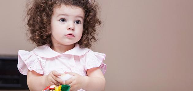 طرق فرد الشعر المجعد للأطفال