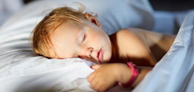 طرق تجعل الطفل ينام