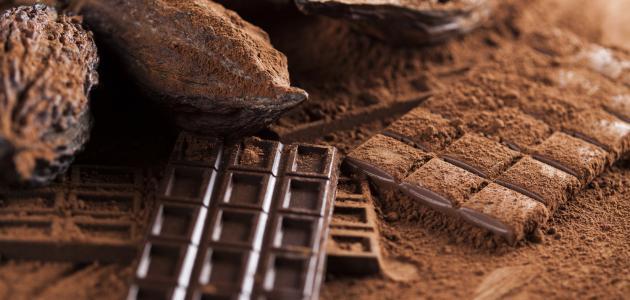 صنع الشوكولاتة في المصنع