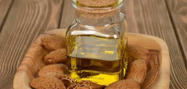 فوائد زيت جنين القمح وزيت اللوز المر للبشرة