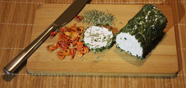 صنع الجبن من حليب الماعز