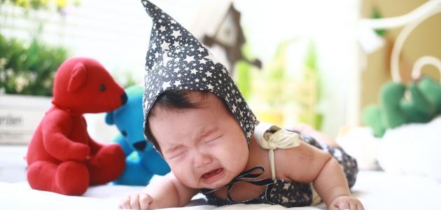 طرق إسكات الطفل كثير البكاء